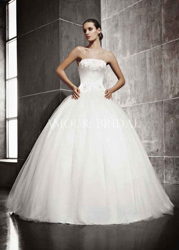 Пышные свадебные платья с кружевом