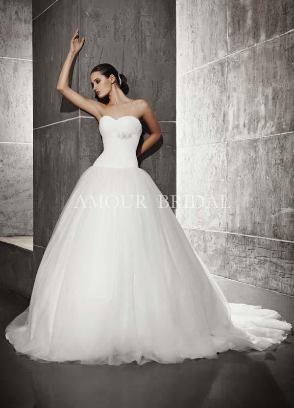 Пышные свадебные платья из фатина